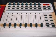 stereoschool-studio-mixer-604x406